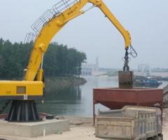 电动液压固定式乐天堂fun88官方登录奋战在码头矿山卸船一线